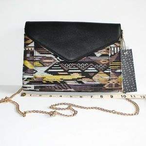🆕Street Level - Unique Crossbody Bag with Chain